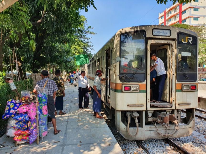 Yangon Circular Railway – A Great Way to Experience LocalLife